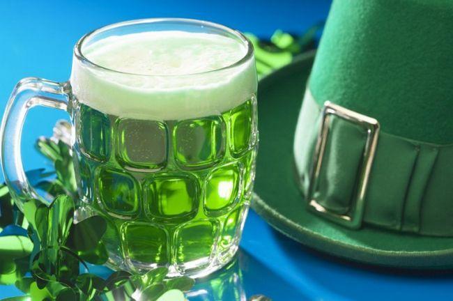 Как готовят зеленое пиво