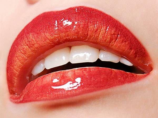 Как можно с помощью операции изменить форму губ