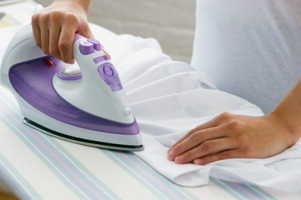 Как очистить утюг с тефлоновой подошвой