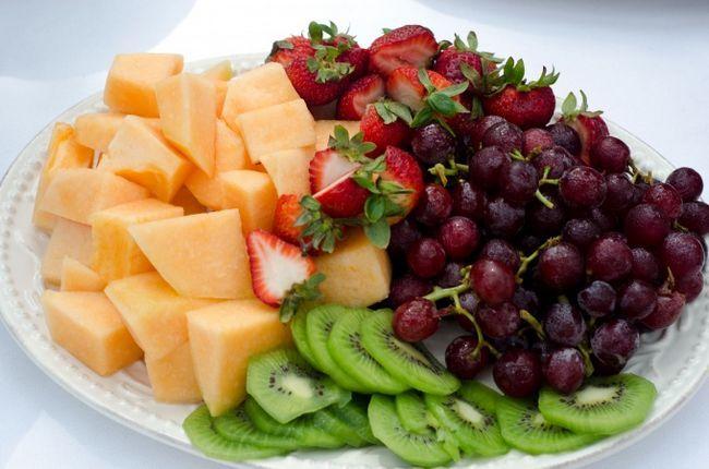 Как оформить фруктовую нарезку