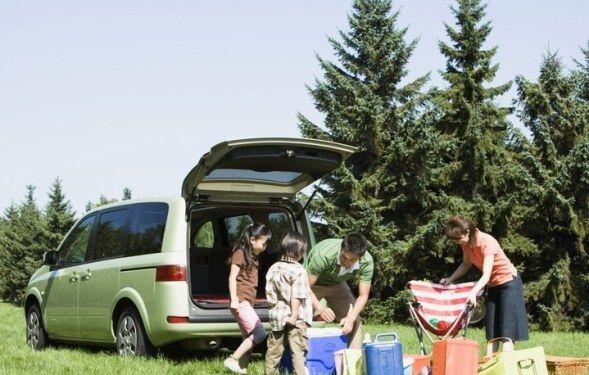 Как организовать отдых на природе для всей семьи