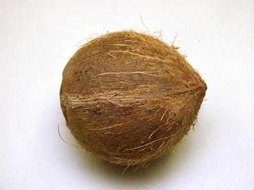 Как открыть кокосовый орех