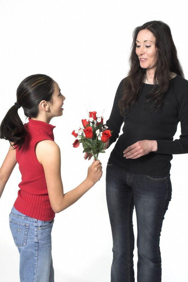 Как поздравить маму с праздником