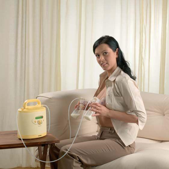 Как сцеживать молоко из груди