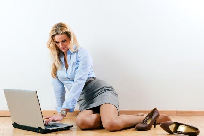 Как соблазнить девушку в интернете