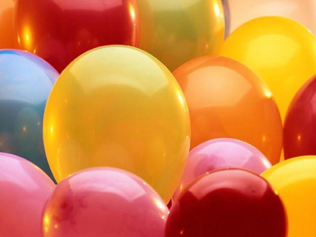 Как справить день рождения дома