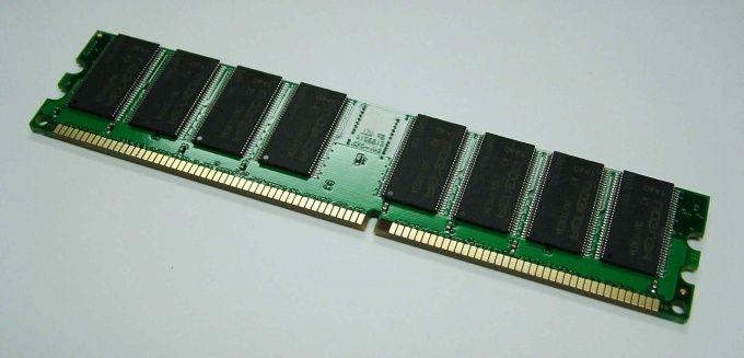 Как устанавливать оперативную память