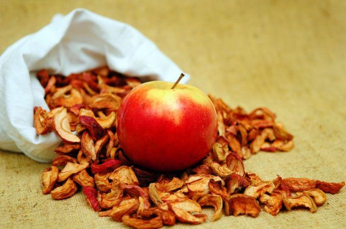 Как варить компот из яблок