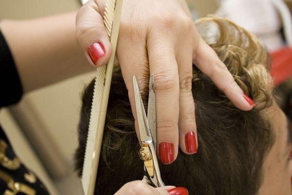 Как выучиться на парикмахера