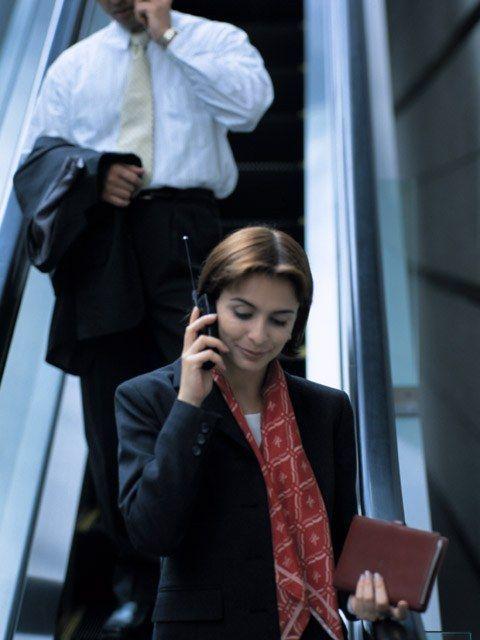 Как забронировать билет на поезд по телефону