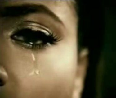 Как заплакать специально