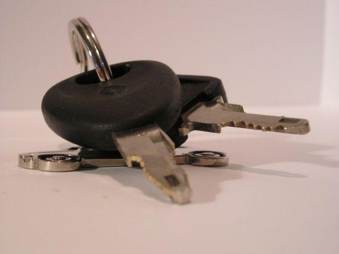 Как заполнить декларацию на продажу автомобиля