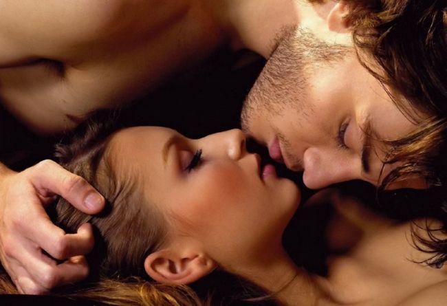 Почему целующиеся закрывают глаза