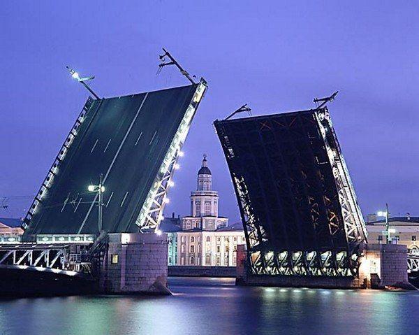 Почему разводят мосты