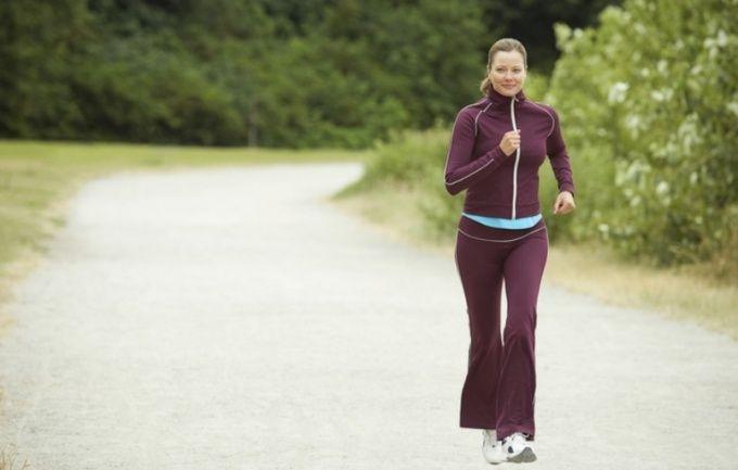 Как накачать мышцы бедер