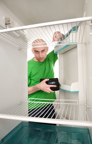 Как починить самому холодильник