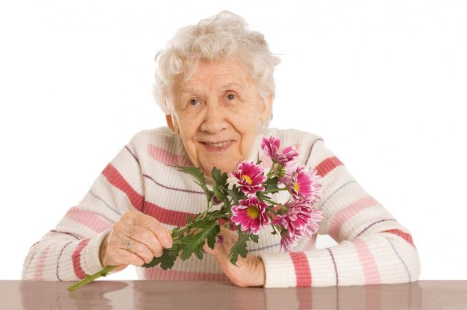 Как поздравить бабушку