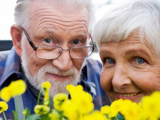 Как поздравить с пенсией