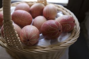 Как раскрасить яйца к пасхе