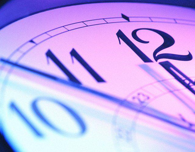 Как узнать точное время по телефону